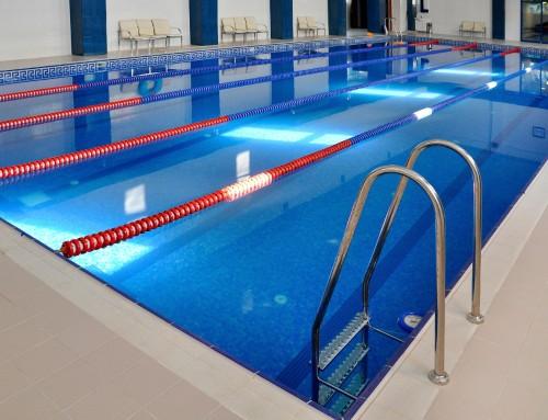 Zwembaden en vloerveiligheid